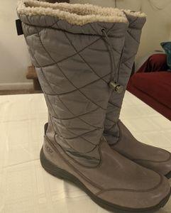 UGG Snowpeak Winter Boot